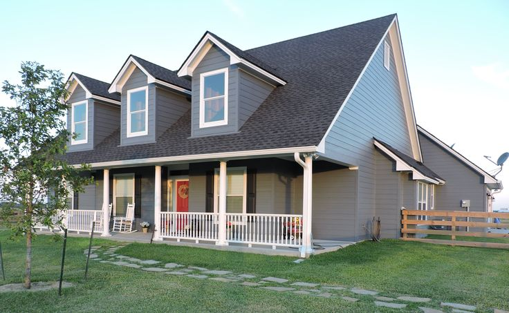 Covered Porch and Patio - 31001D | Country, Farmhouse, Photo Gallery, 1st Floor Master Suite, Butler Walk-in Pantry, CAD Available, MBR Sitting Area, PDF, Corner Lot | Architectural Designs