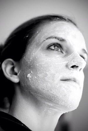 5 DIY Acne Treatments