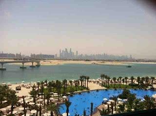 The Pink Point: A stopover in Dubai - Amazing in so many ways! #Travel #Dubai #Atlantis Palms #Water park #Resort