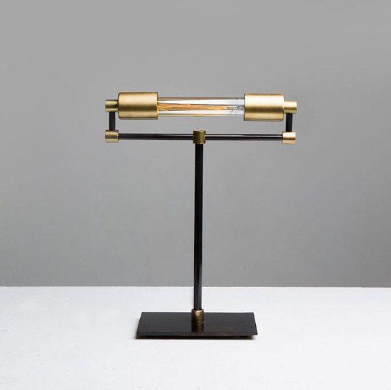 Lámpara de escritorio de latón de los banqueros por JonesCountyRoad