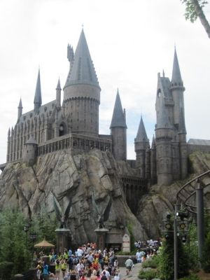 As a quick stop I would go to Universal Studio because the Harry Potter land was amazing and totally worth the travel.