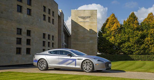 Aston Martin RapidE: il concept della berlina elettrica svelato a Londra