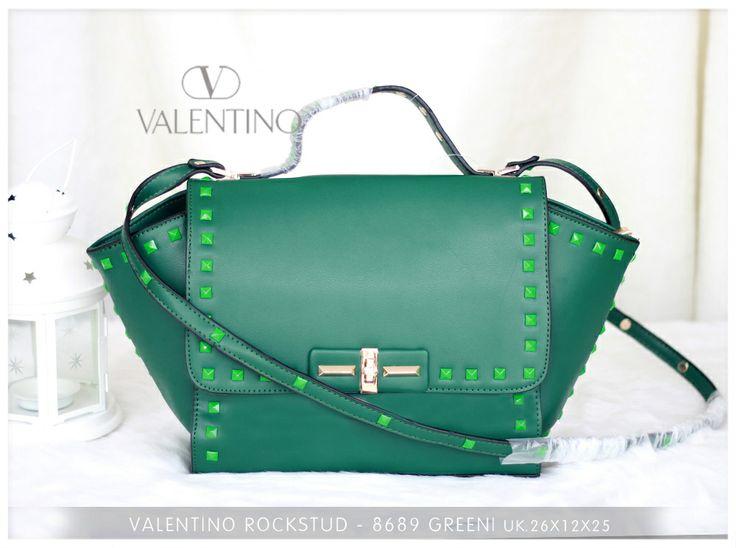Valentino Rockstudd Green Ro. 950.000