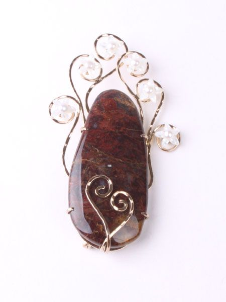 Gemstone brooch