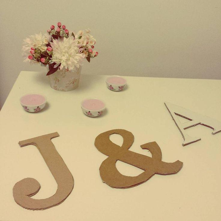 Letras en 3D en proceso para decorar la casa