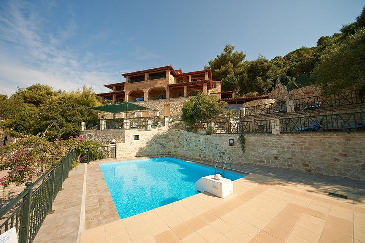 Villas Cavo Marathia Zakynthos - upper building and pool