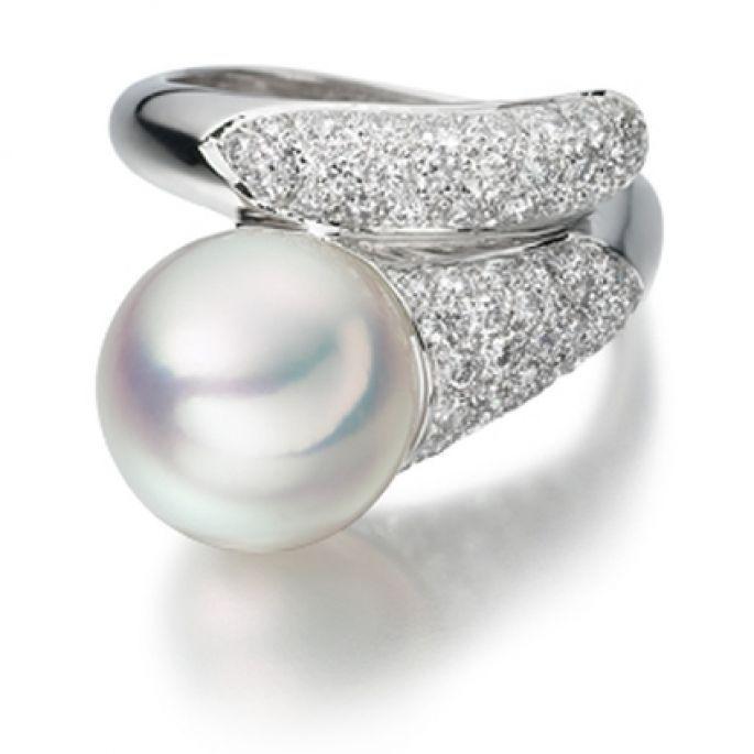 Anillos de compromiso de perla: un símbolo de armonía y perfección