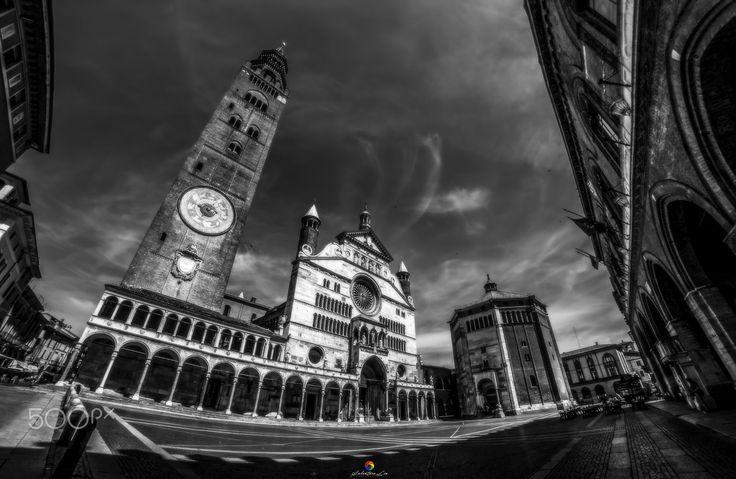 Cremona! - Italia - Cremona 2016   All Right Reserved ©Salvatore Lio  FB: https://www.facebook.com/Sasametal/