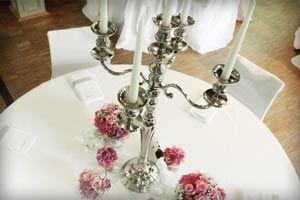 SIlberne Kerzenständer, 80 cm für Tischdekoration mieten