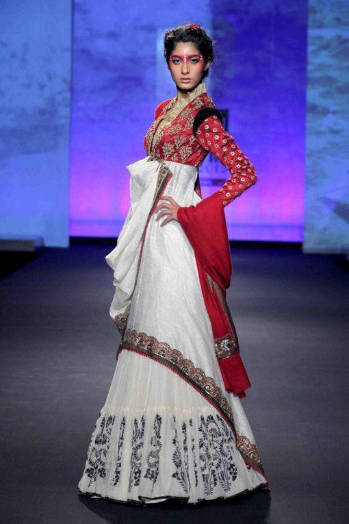 anju-modi-delhi-couture-week-2012