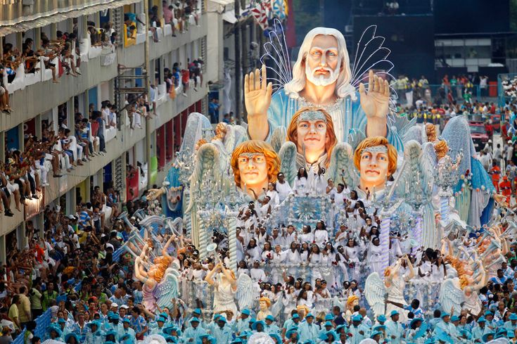The craziness of Carnival in Rio -- has anyone done it?