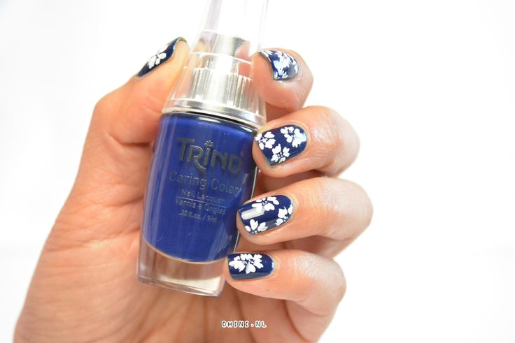 http://dhini.nl/mani-monday-fashion-4/