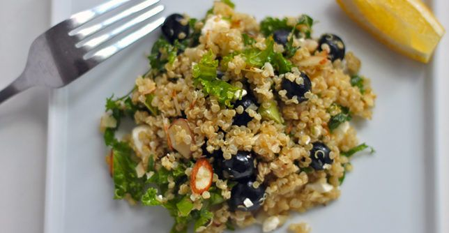 This cold quinoa salad explodes with flavor thanks to blueberries, feta, and crunchy almonds. http://greatist.com/eat/recipes/blueberry-kale-and-quinoa-salad