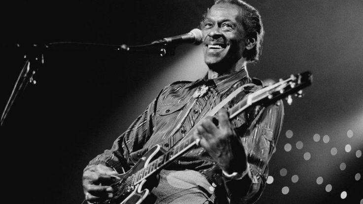 Charles Edward Anderson Berry, conocido como Chuck Berry, (Saint Louis, Misuri, 18 de octubre de 1926 -18 de marzo de 2017) compositor, intérprete y guitarrista estadounidense. Es considerado uno de los músicos más influyentes de la historia del rock and roll, siendo uno de los pioneros de dicho género musical.