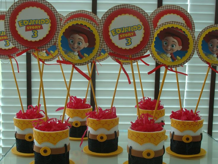centros de mesa toy story fiestas - Buscar con Google