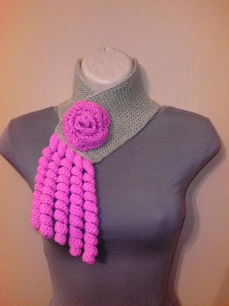 Crochet scarf by Tatjana474 via DaWanda