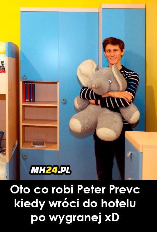 Oto co robi Peter Prevc kiedy wróci do hotelu po wygranej xD