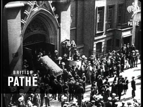 Rudolph Valentino's Funeral Aka Rudolphe Valentino's Funeral (1926) - YouTube