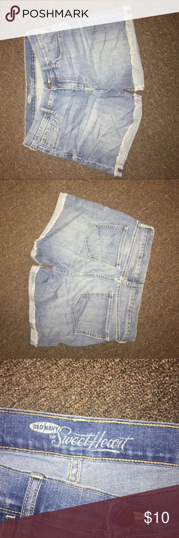 Women's denim shorts. Women's denim shorts. Cuffed edge, no tears. Old Navy Shorts Jean Shorts