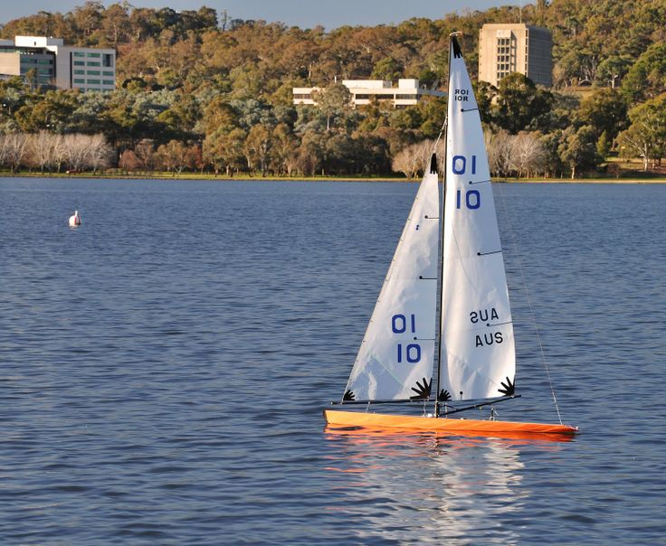 72 Best Images About Rc Sailboats On Pinterest
