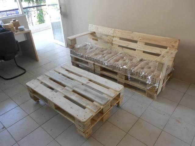 Paletten Bank mit Kissen Bank aus paletten, Möbel aus