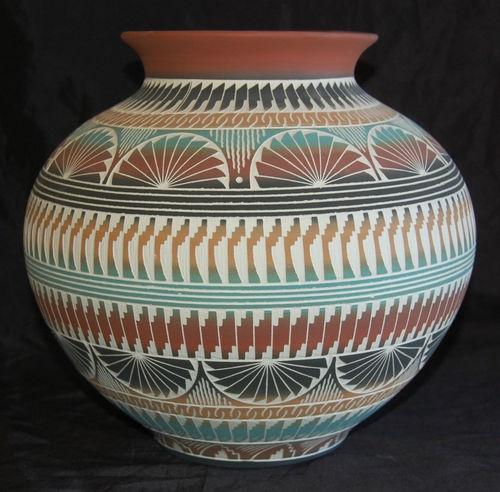 Navajo Sgraffito Pottery |Pinned from PinTo for iPad|