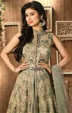 Beautiful Bollywood Anarkali Suits Pattern Like Designer Salwar Kameez #Trendy #Fashionable #Party #Party Wear #Attractive #Pretty #Designer #Modern #Good Looking #Stylish
