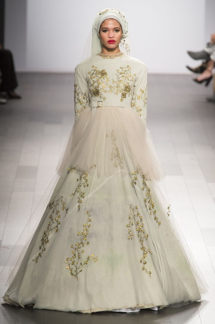 20 best project runway fashion images on pinterest for Last season wedding dresses