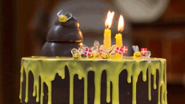 Bikage med chokolademousse og chokoladekant -Liv