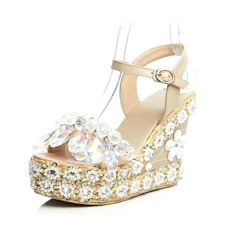 17 meilleures id es propos de chaussures plates pour femmes sur pinterest chaussures plates. Black Bedroom Furniture Sets. Home Design Ideas