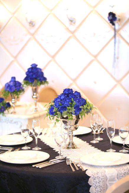 落ち着いた雰囲気で和装にも合いそう♪ 青い会場装花のアイデア一覧。