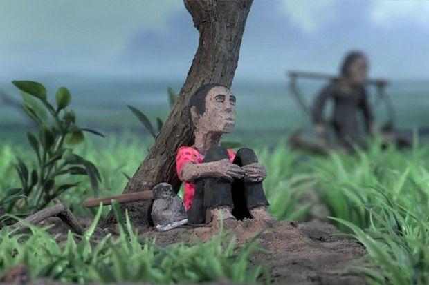 1fb3acf610c037ac4e39ceb5f91fc8fc  旧ポル・ポト派のプロパガンダ映像と土人形によるアニメーションを交差させ、歴史の再現を試みる映画『消えた画 クメール・ルージュの真実』(2014年7月5日公開)。(C) CDP / ARTE France / Bophana Production 2013 – All rights reserved
