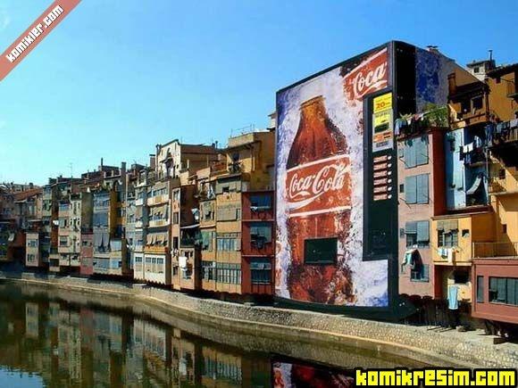 o binada oturanlara acaba Cola bedava mı?