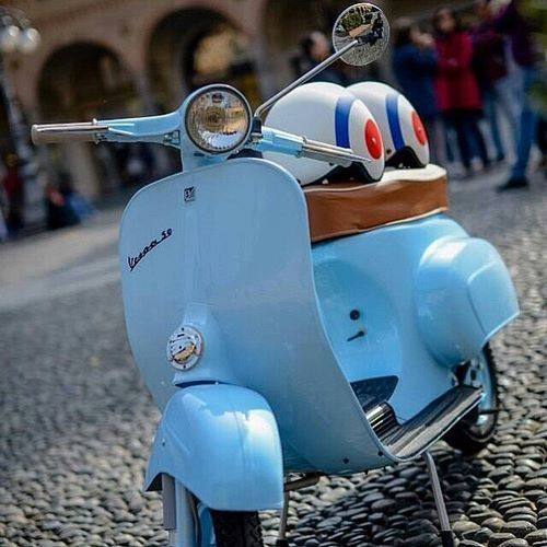 The best old and vintage bikes. Get inspired in an industrial style. Take a look and get inspired.#vintage #industrial #bikes | See more suggestions at http://www.pinterest.com/vintageinstyle/