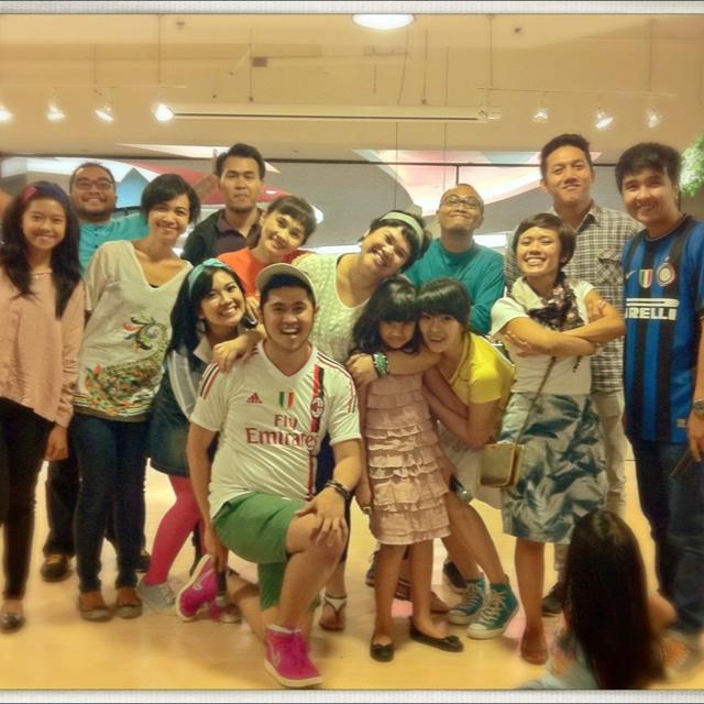 All team, Kelopak Indonesia