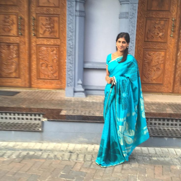 All blue 💠 and not headless for a change 🙈 35/100 #100sareepact #kithasaree