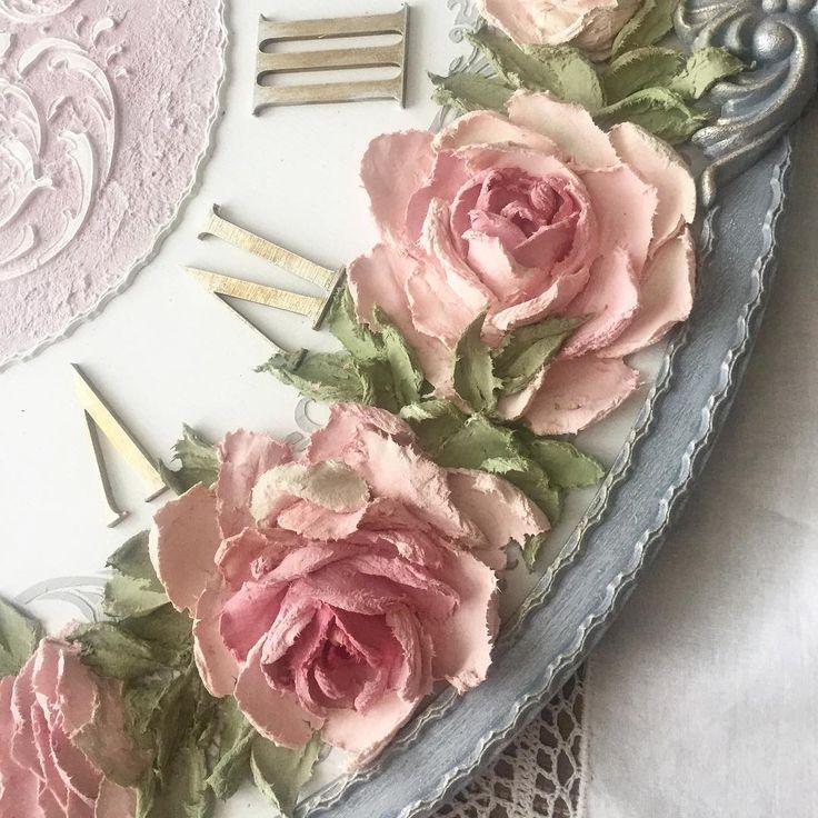 Добрый день! Как и обещала - Розы, Розы......, фрагментик новых часиков, 65 см - красоты будет много!))#handmade #provence #bigclock #розы #скульптурнаяживопись #обьемныерозы #нежность #красота #подольск #подарокна8марта #любовь #розымоялюбовь #ручнаяработа #декор #декорчасов #design #designer #decor #скульптура #цветы #часыназаказ #часынастенные #