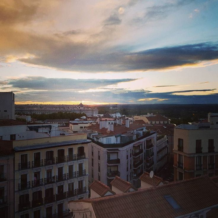 #Sunset in #Madrid #clouds