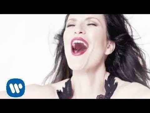 Laura Pausini - Sino a ti (with Thalia) (Official Video) - YouTube a quien si no??