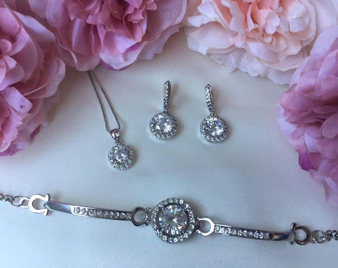 Wedding accessories, bridal accessories, wedding jewellery, bridal jewellery, jewellery set, bridesmaid gift, cubic zirconia jewellery