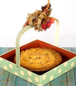 Metal Pumpkin Pie Basket