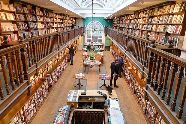 #travelcolorfully when in london, visit daunt books, marylebone