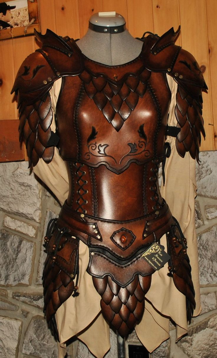 women leather armor armure cuir femme by Lagueuse cosplay costume LARP LRP…