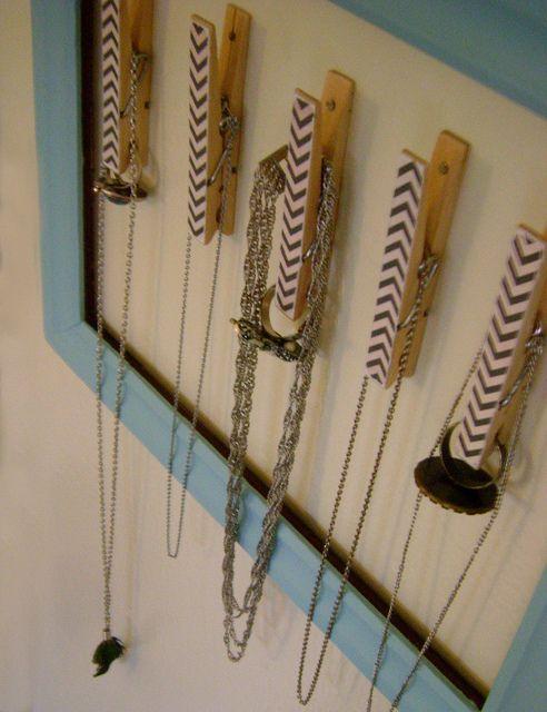 clothes pin jewelry holder. by stephanie alena, via Flickr