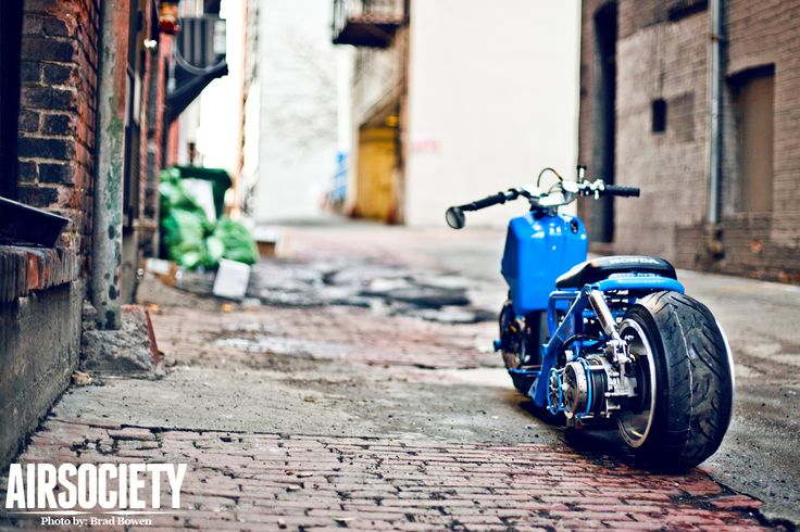 honda-ruckus-bagged-air-ride-stance-scooter-012