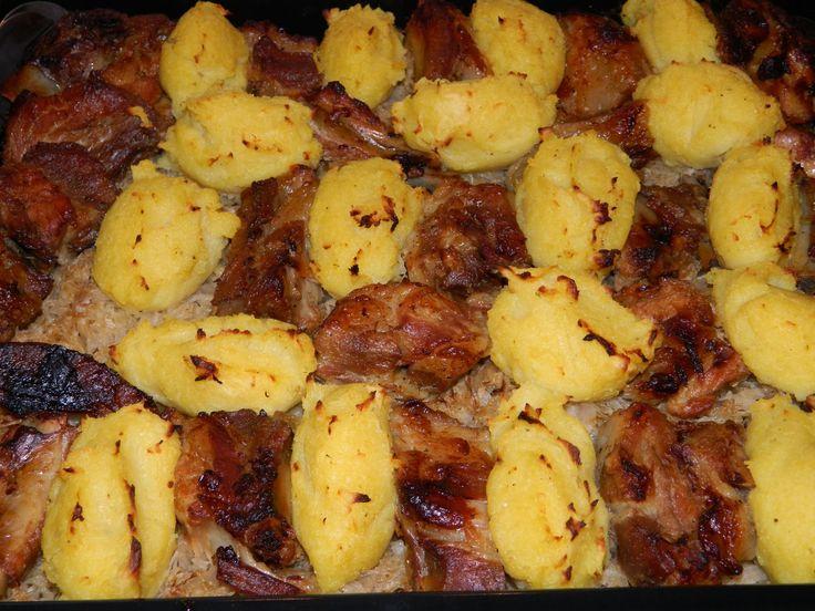 """""""A ganca  a magyar konyha egyik tájjellegű étele. Elkészítése nagyon egyszerű, finom és nem  utolsó sorban elég laktató. Régen a szegények ..."""
