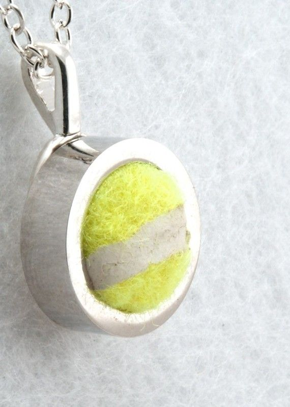 Forget a tennis bracelet, how about a tennis necklace?
