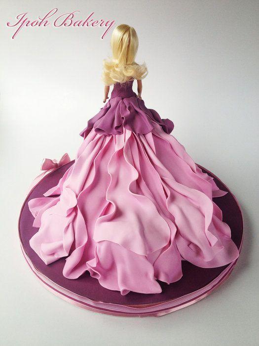 Barbie Doll Cake - by WilliamTan @ CakesDecor.com - cake decorating website: