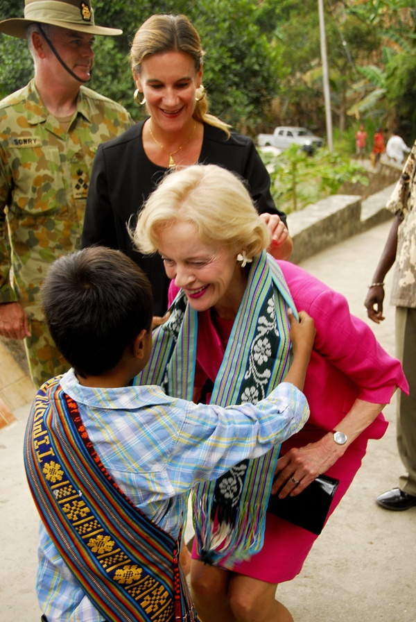 Australia's Governor General, Quentin Bryce collecting her tais!