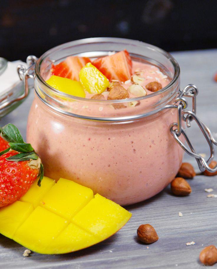 Smoothie Bowl: fruchtiges Power-Frühstück von Hannah Kocht Einfach